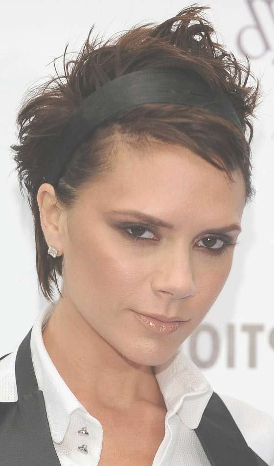 10 Sexy Victoria Beckham's Bob Hairstyles Intended For Bob Hairstyles With Headband (View 10 of 15)