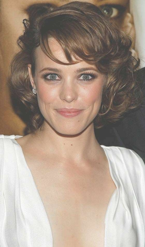 10 Stylish Bob Hairstyles For Oval Faces For Bob Haircuts For Oval Face (View 13 of 15)