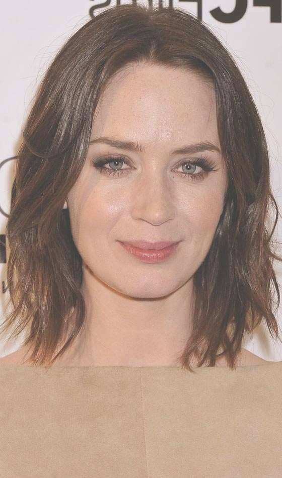 10 Stylish Bob Hairstyles For Oval Faces In Oval Face Bob Hairstyles (View 2 of 15)