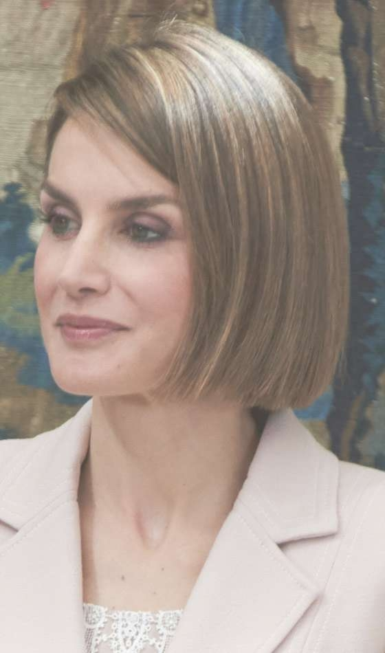 10 Trendy Highlighted Bob Hairstyles You Can Try Today In Light Brown Hair Bob Haircuts (View 5 of 15)
