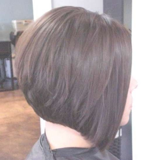 Featured Photo of Back View Layered Bob Haircuts