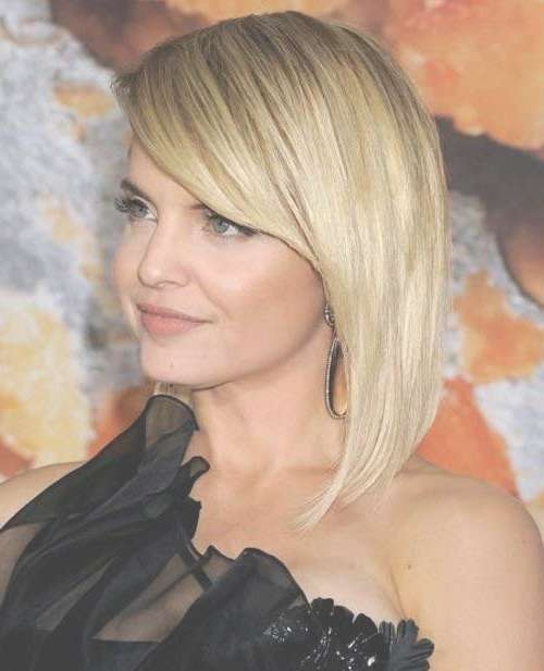 15 Latest Long Bob With Side Swept Bangs | Bob Hairstyles 2017 For Bob Haircuts With Side Swept Bangs (View 4 of 15)