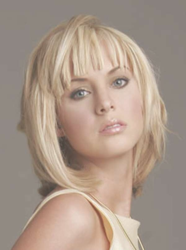 21 Superb Layered Bob Hairstyles With Fringe 2017 – Wodip Inside Layered Bob Hairstyles With Bangs (View 11 of 15)