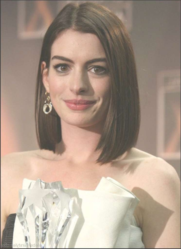 23 Excellent Hairstyles Of Anne Hathaway In Anne Hathaway Bob Haircuts (View 7 of 15)