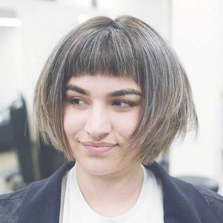 25 Top Short Bob Hairstyles & Haircuts For Women In 2018 In Bob Haircuts (View 8 of 15)