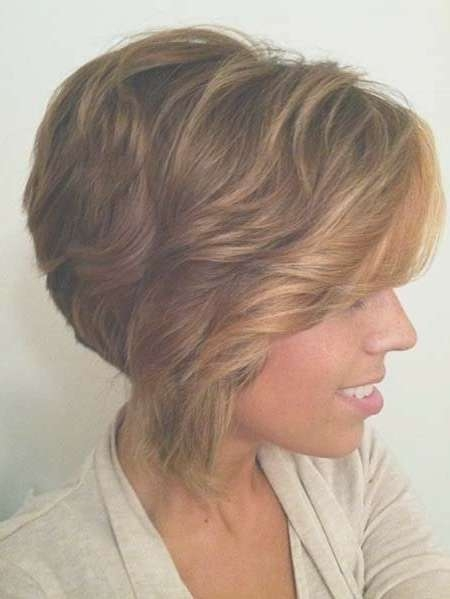 26 Best Short Haircuts For Long Face – Popular Haircuts Within Layered Bob Haircuts For Long