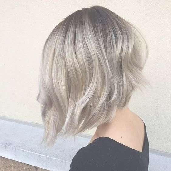 Featured Photo of Long Graduated Bob Haircuts