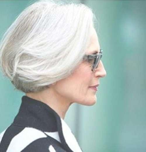30 Stylish Gray Hair Styles For Short And Long Hair Inside Gray Bob Haircuts (View 12 of 15)