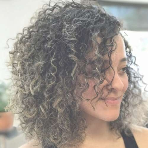 32 Cutest Curly Bob Hairstyles & Haircuts For Women In 2018 For Curly Hair Bob Haircuts (View 4 of 15)