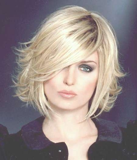 Featured Photo of Blonde Layered Bob Hairstyles
