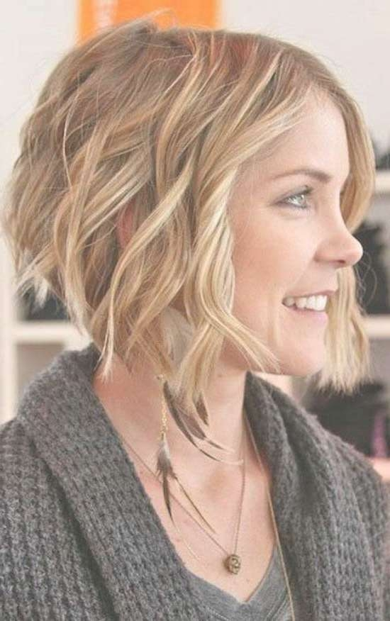 40 Gorgeous Wavy Bob Hairstyles To Inspire You – Beauty Epic Intended For Curly Bob Haircuts (View 8 of 15)