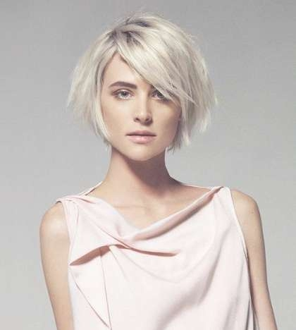 A Round Face Is The Advantage Of A Long Bob, Oval Face Looks Good Pertaining To Short Bob Haircuts For Long Faces (View 6 of 15)