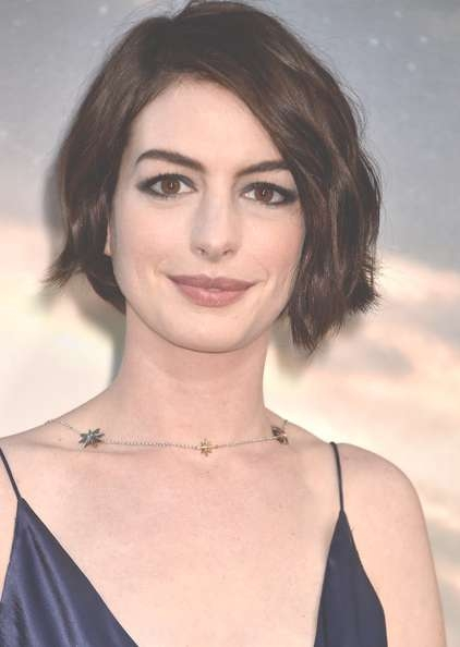 Anne Hathaway And Jessica Simpson Reveal Bob Haircuts Over The With Anne Hathaway Bob Haircuts (View 3 of 15)