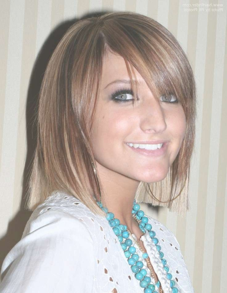 Ashlee Simpson | Blunt Cut Bob Hairstyle With Blonde Tipping On With Regard To Ashlee Simpson Bob Haircuts (View 13 of 15)