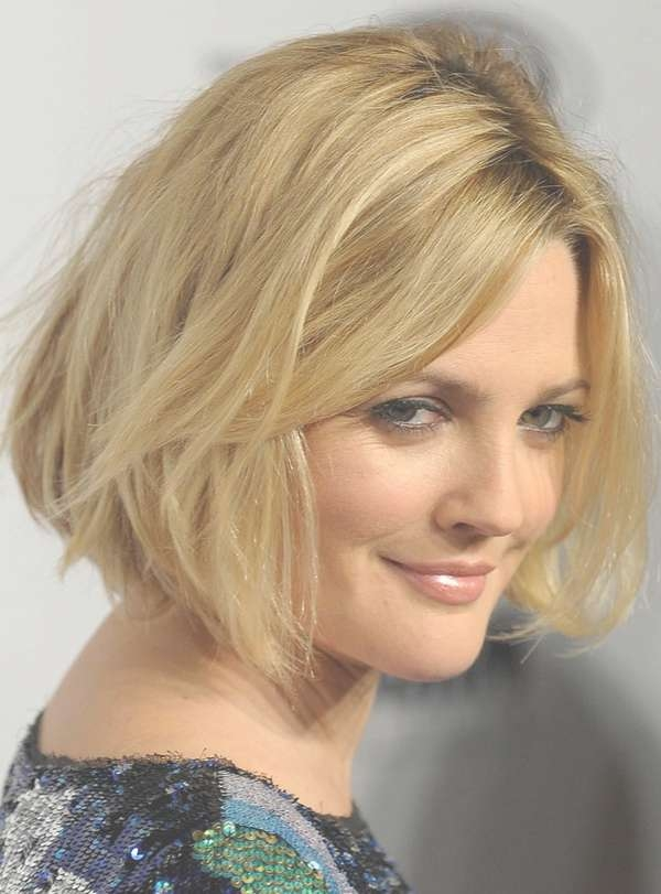 Barrymore's Blond Bob Hairstyle With Waves With Drew Barrymore Bob Hairstyles (View 2 of 15)