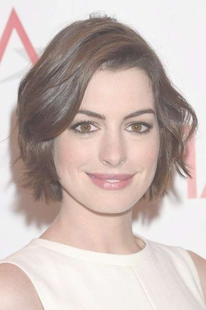 Best 25+ Anne Hathaway Haircut Ideas On Pinterest | Anne Hathaway Intended For Anne Hathaway Bob Haircuts (View 2 of 15)