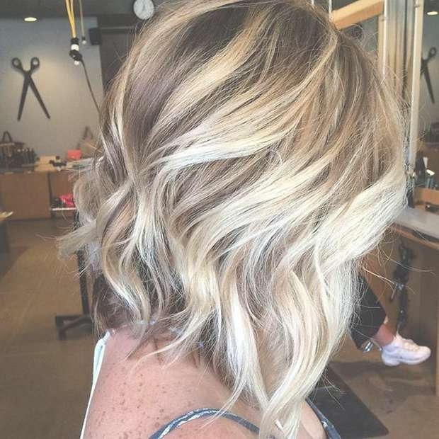 Best 25+ Blonde Highlights Bob Haircut Ideas On Pinterest | Blonde Intended For Bob Hairstyles With Blonde Highlights (View 8 of 15)