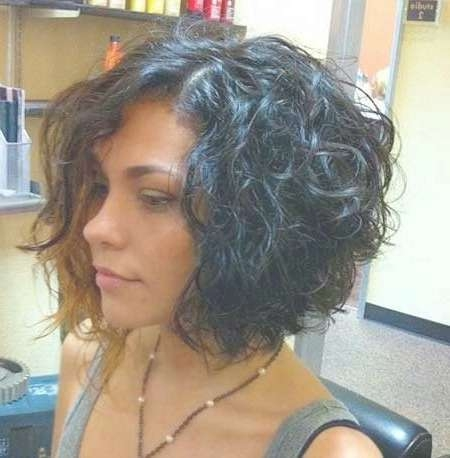 stacked bob hairstyle for curly hair short curly hair