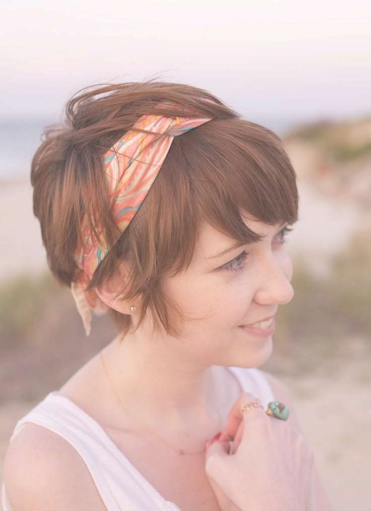 Best 25+ Headband Short Hair Ideas On Pinterest | Headbands For With Regard To Bob Hairstyles With Headband (View 8 of 15)