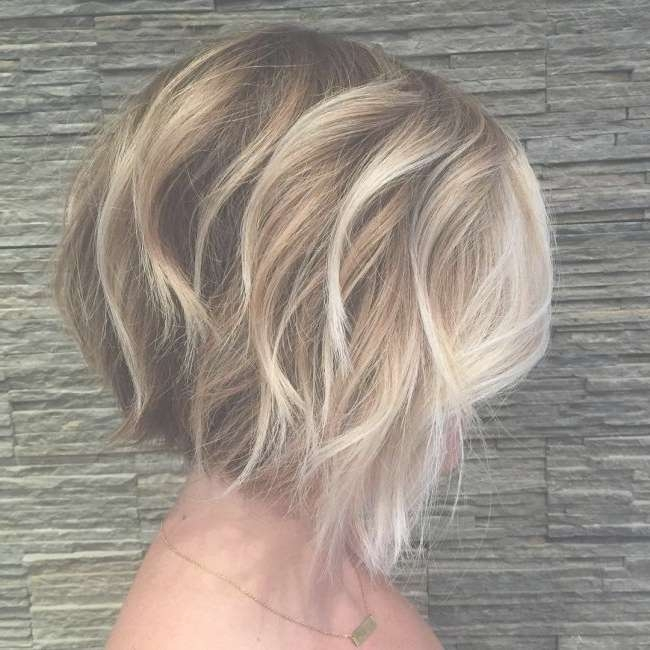Best 25+ Highlighted Bob Ideas On Pinterest | Bobbed Haircuts With Regard To Blonde Highlights For Bob Haircuts (View 12 of 15)