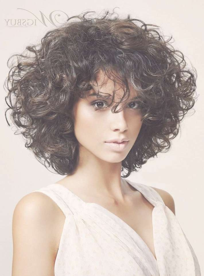 Displaying Photos Of Layered Bob Haircuts For Curly Hair View 5 Of