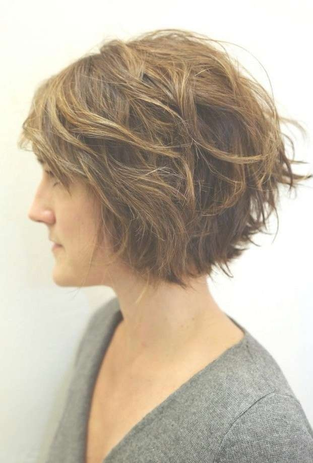 best 25 layered curly hairstyles ideas on 2018 best of layered wavy bob hairstyles 412