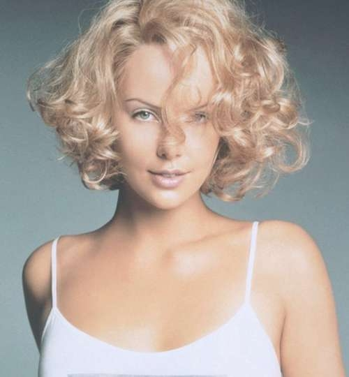 Bob Cuts For Curly Hair – Hairstyle Fo? Women & Man Inside Curly Short Bob Haircuts (View 9 of 15)