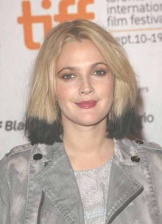 Drew Barrymore Modern Bob Hairstyle – Blonde Hair With Dark Ends For Drew Barrymore Bob Hairstyles (View 13 of 15)