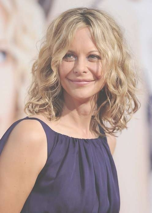 Feminine Soft Wavy Curly Long Bob Hairstyle – Meg Ryan Hairstyles Regarding Curly Long Bob Haircuts (View 10 of 15)