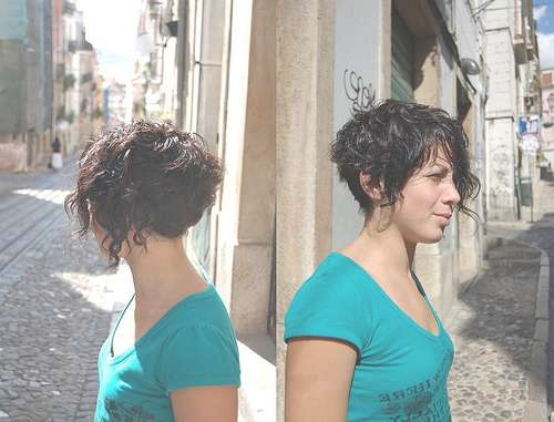 Hair Obsessed: Street Bob – Haircut Short Curly Bob (Photo) Intended For Short Bob Haircuts For Curly Hair (View 8 of 15)