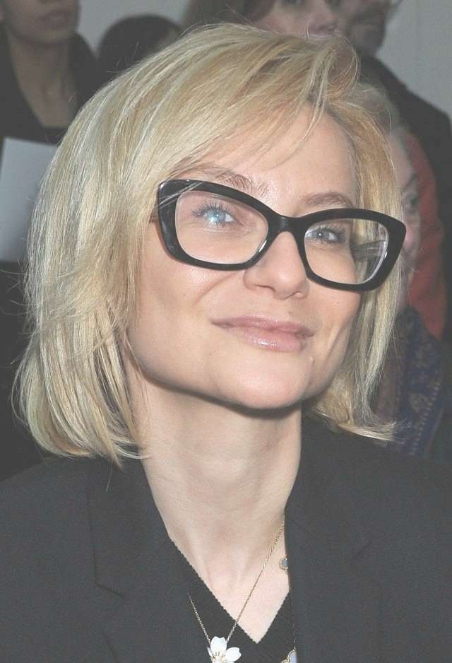 b21e2226472 Hairstyles For Women Above 50 With Fine Hair And Glasses Within Bob Haircuts  And Glasses (