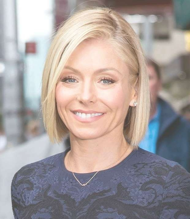 Kelly Ripa's Top 10 Greatest Haircuts – Hairstylecamp In Kelly Ripa Bob Hairstyles (View 7 of 15)