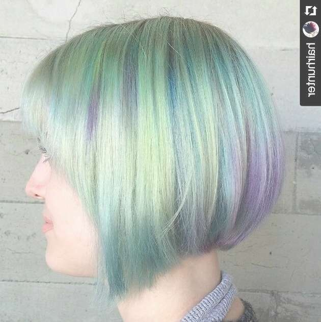 Latest Short Haircuts For Women – Short Hairstyles For 2017 In Bob Haircuts With Color (View 15 of 15)