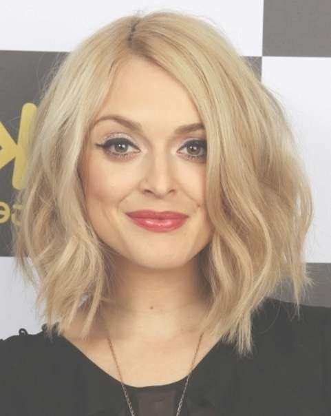 Layered Bob Haircut: Blonde Hairstyles – Popular Haircuts With Regard To Blonde Layered Bob Hairstyles (View 8 of 15)