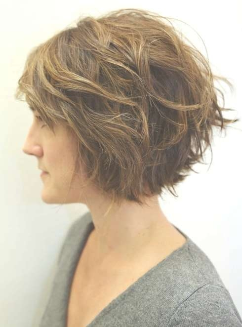 Layered Wavy Bob Hairstyles For Women, Girls – Popular Haircuts With Regard To Layered Curly Bob Haircuts (View 3 of 15)