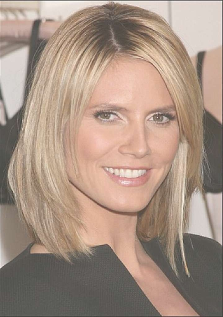 Long Bob Hairstyles For Round Face Photo Shoulder Length Layered For Long Layered Bob Hairstyles For Round Faces (View 6 of 15)