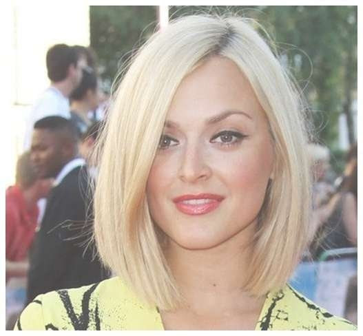 Featured Photo of Long Layered Bob Hairstyles For Round Faces
