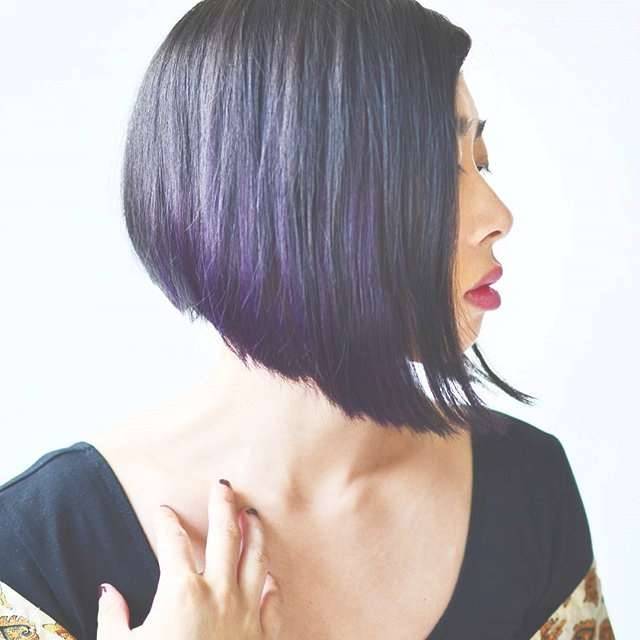 Lovely And Convenient Angled Bob Haircuts – Popular Haircuts For Angel Bob Hairstyles (View 9 of 15)