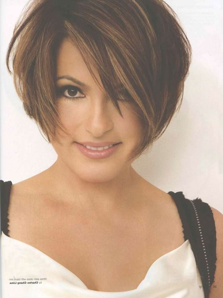 Short Hair Cuts Ideas For Women's | Mariska Hargitay, Short Hair Within Mariska Hargitay Short Bob Haircuts (View 4 of 15)