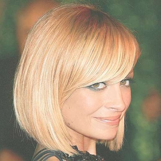 The Amazing Bob Hairstyles With Side Bangs – Bob Hairstyles With Bangs In Bob Haircuts With Side Bangs (View 12 of 15)