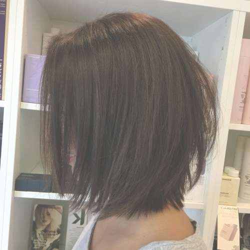 These 35 Medium Bob Hairstyles Are Trending For 2018 In Medium Bob Hairstyles (View 9 of 15)