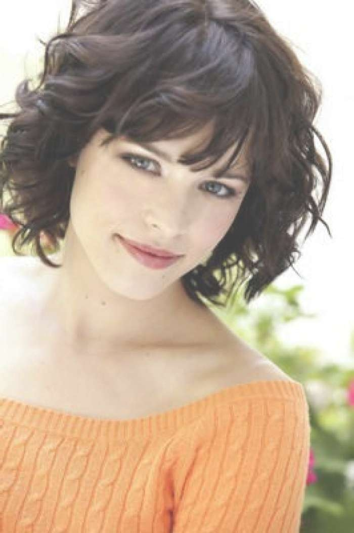 Wavy Bob Hairstyles With Bangs In Curly Bob Haircuts With Bangs (View 10 of 15)