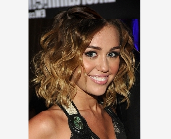 Wavy Hair: Sunning Wavy Hairstyles For Any Occasion – Part 5 Intended For Curly Long Bob Haircuts (View 15 of 15)