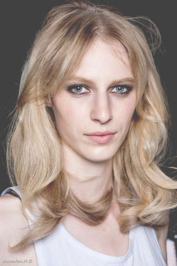 10 Best Hairstyles For Women In Their 30S For Most Recently Medium Haircuts For Women In Their 30S (View 15 of 25)