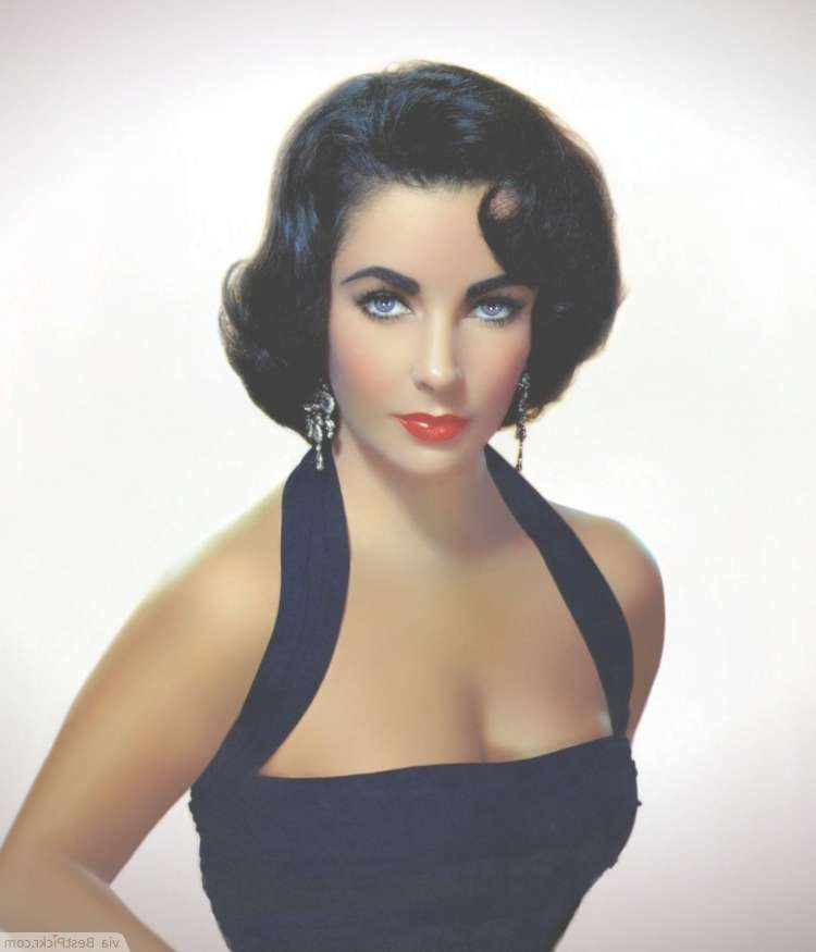 10 Easy 1950's Hairstyles For A Vintage Retro Look | Bestpickr Intended For Most Popular 1950 Medium Hairstyles (View 19 of 25)