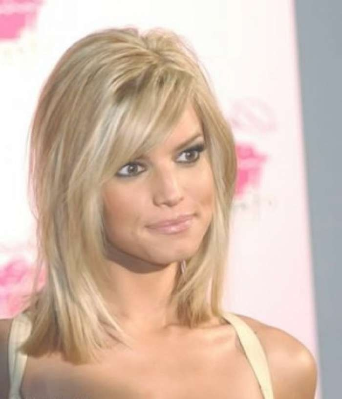 10 Fascinating Medium Length Haircuts For Thin Hair | Haircuts Intended For Most Up To Date Medium Hairstyles For Round Faces And Thin Fine Hair (View 15 of 16)