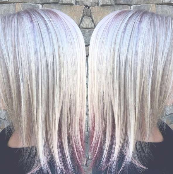 10 Medium Length Styles Perfect For Thin Hair – Popular Haircuts Pertaining To Newest Medium Haircuts With Red And Blonde Highlights (View 2 of 25)