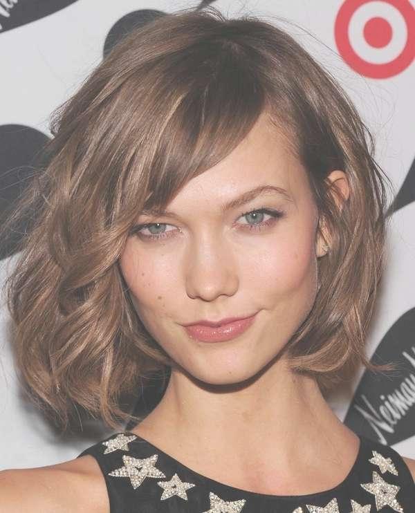 Featured Photo of Side Fringe Medium Hairstyles