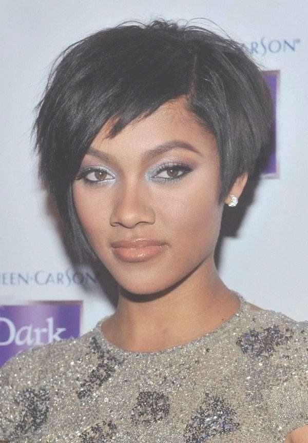 111 Hottest Short Hairstyles For Women 2018 – Beautified Designs Intended For Most Recently Medium Haircuts For Black Women With Thick Hair (View 3 of 25)