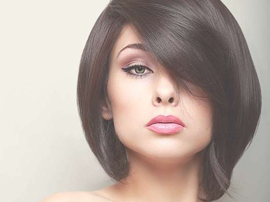 12 Best Medium Haircuts For Round Faces You Should Try In Latest Medium Hairstyles For Round Fat Faces (View 10 of 25)